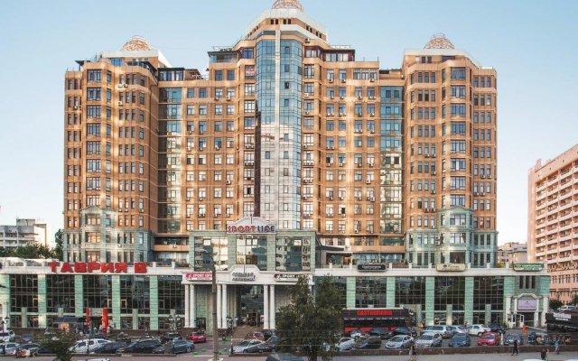 Корона отель-апартаменты вид на фасад