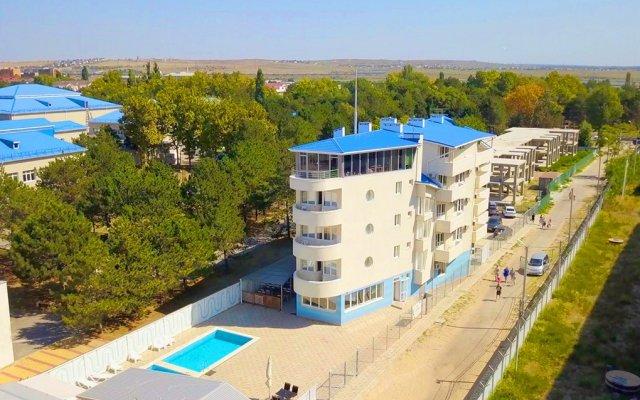 Гостиница Робинзон вид на фасад