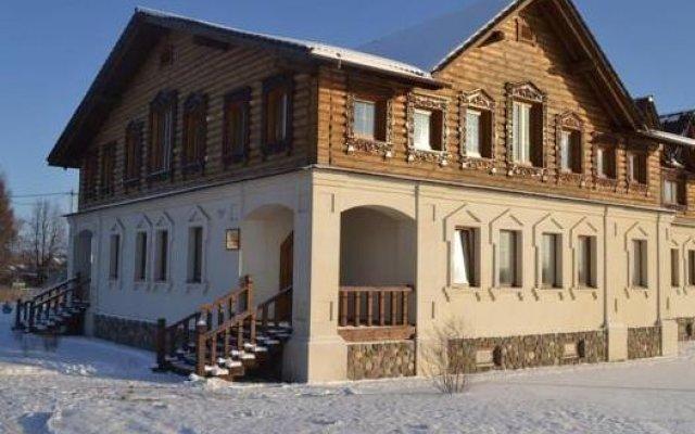 Гостиница Алексеевская усадьба вид на фасад