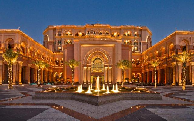 Отель The Abu Dhabi Edition вид на фасад