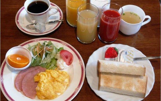 Hotel Sunroute Hachinohe Мисава питание