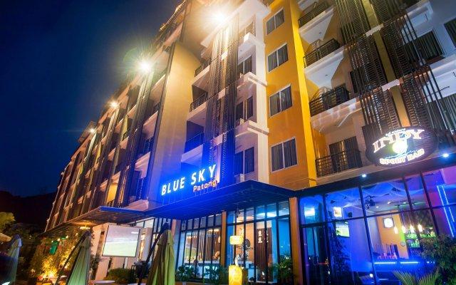 Отель Blue Sky Patong вид на фасад