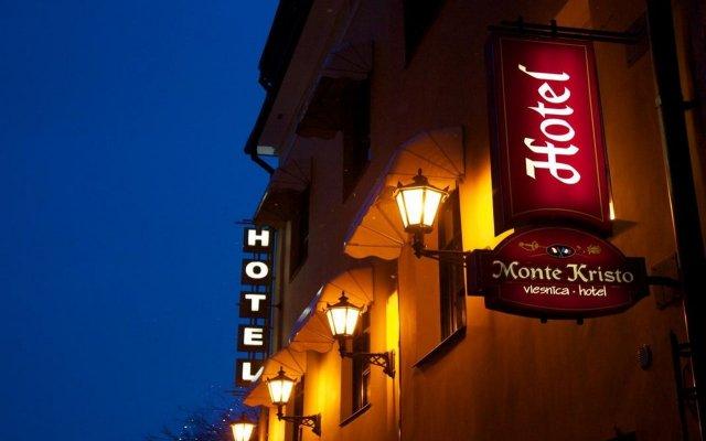 Отель Monte Kristo Латвия, Рига - - забронировать отель Monte Kristo, цены и фото номеров вид на фасад