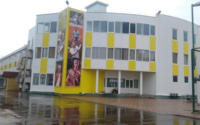 Гостиница Гостиничный комплекс Слайс в Ярославле - забронировать гостиницу Гостиничный комплекс Слайс, цены и фото номеров Ярославль вид на фасад