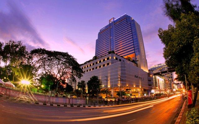 Pathumwan Princess Hotel вид на фасад
