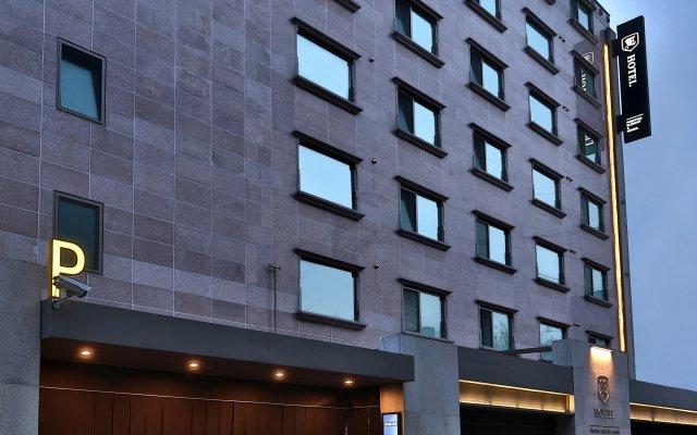 E-HOTEL вид на фасад