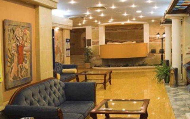 Hotel Bellevue - Beach Access интерьер отеля