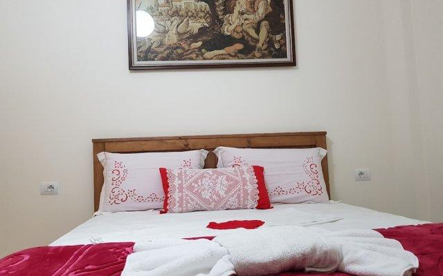 Отель Filipi Hostel Албания, Саранда - отзывы, цены и фото номеров - забронировать отель Filipi Hostel онлайн вид на фасад