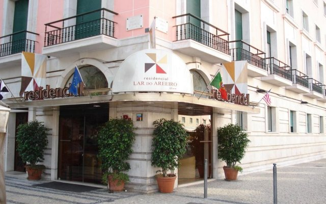 Отель Residencial Lar do Areeiro вид на фасад