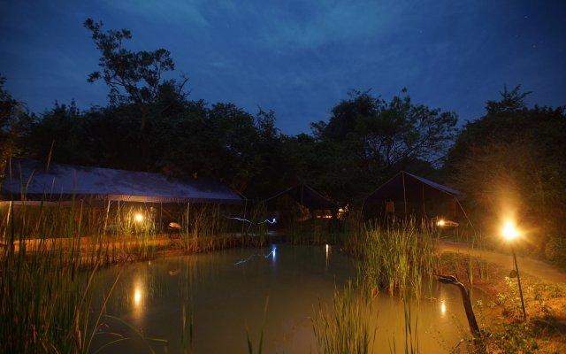Отель Big Game Camp Yala Шри-Ланка, Катарагама - отзывы, цены и фото номеров - забронировать отель Big Game Camp Yala онлайн вид на фасад