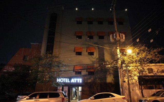 Hotel Atti вид на фасад
