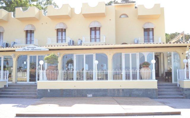 Hotel Ristorante Porto Azzurro Джардини Наксос вид на фасад