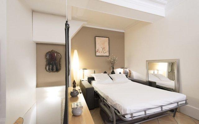 Отель Saint-Georges Duplex Париж комната для гостей