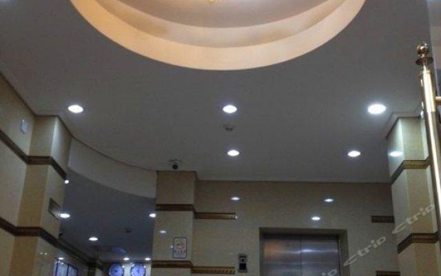 Отель Fubao Hostel Китай, Гуанчжоу - отзывы, цены и фото номеров - забронировать отель Fubao Hostel онлайн вид на фасад