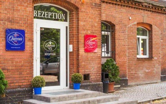 Отель Queen S Garden Hotel Германия, Берлин - отзывы, цены и фото номеров - забронировать отель Queen S Garden Hotel онлайн вид на фасад