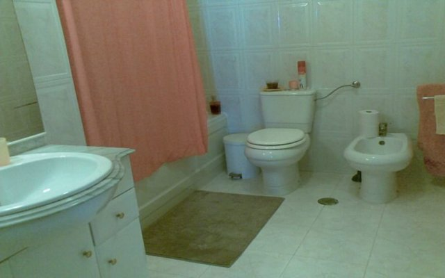 Отель Sintra View Penthouse - Guest House ванная