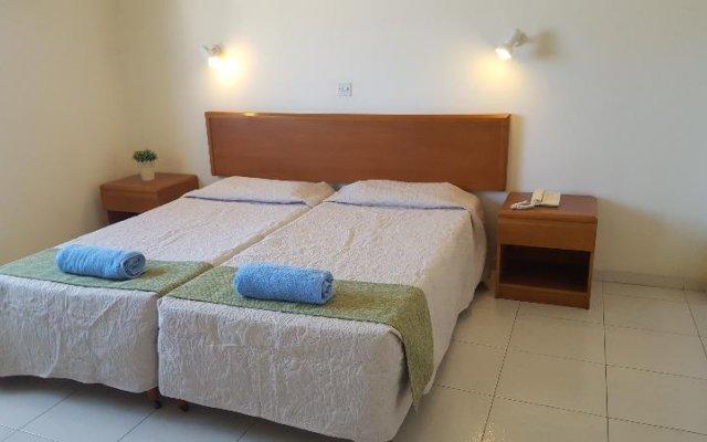 Отель MANDALENA Протарас комната для гостей