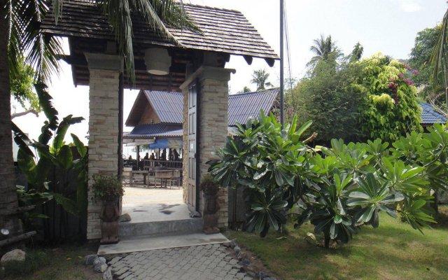 Отель Seashell Resort Koh Tao Таиланд, Остров Тау - 1 отзыв об отеле, цены и фото номеров - забронировать отель Seashell Resort Koh Tao онлайн вид на фасад