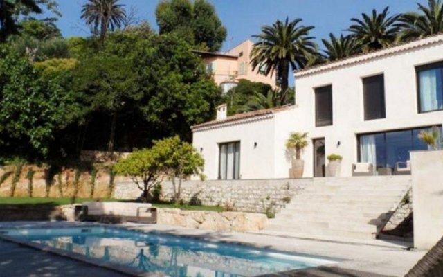 Отель Confiance Immobiliere - La Villa Saint Antoine вид на фасад
