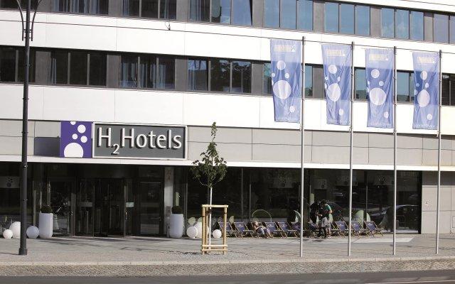 H2 Hotel Berlin Alexanderplatz вид на фасад