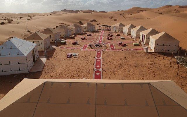 Отель Azawad luxury Desert Camp Марокко, Мерзуга - отзывы, цены и фото номеров - забронировать отель Azawad luxury Desert Camp онлайн комната для гостей