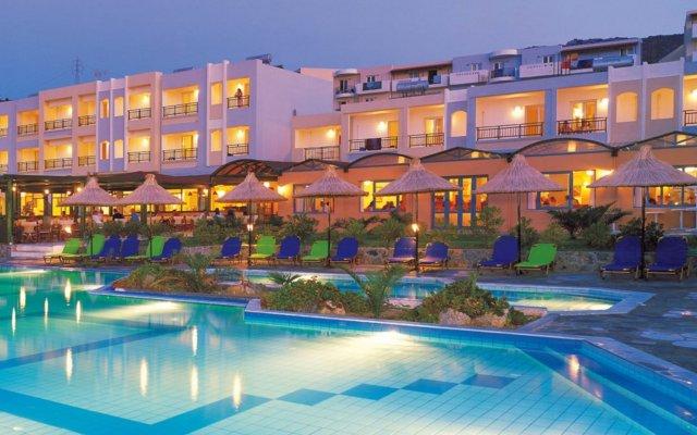 Mediterraneo Hotel - All Inclusive вид на фасад