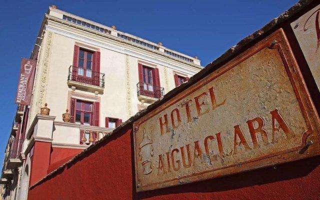 Hotel Aiguaclara вид на фасад