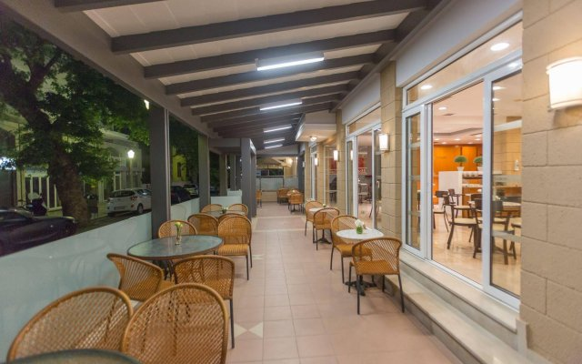 Отель Astron Hotel Rhodes Греция, Родос - отзывы, цены и фото номеров - забронировать отель Astron Hotel Rhodes онлайн вид на фасад