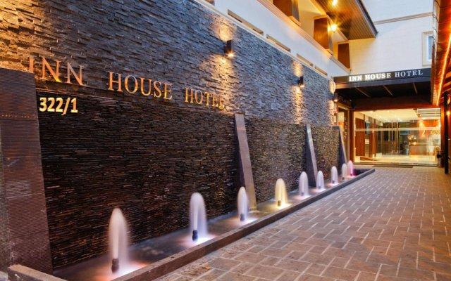 Inn House Hotel вид на фасад