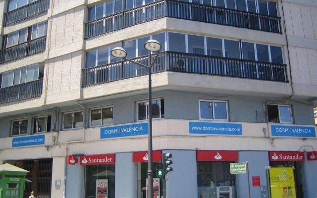 Отель Dormavalencia Hostel Испания, Валенсия - отзывы, цены и фото номеров - забронировать отель Dormavalencia Hostel онлайн вид на фасад