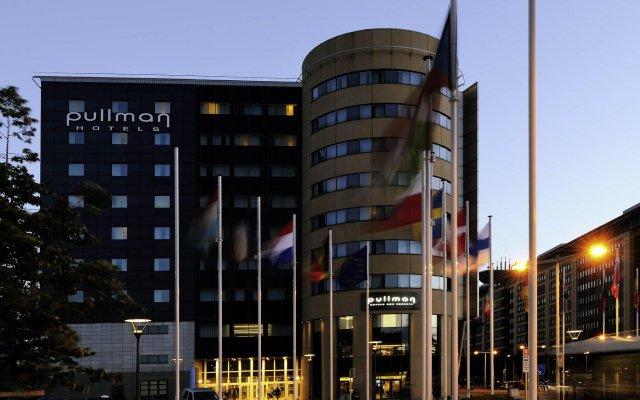 Отель Pullman Brussels Centre Midi вид на фасад