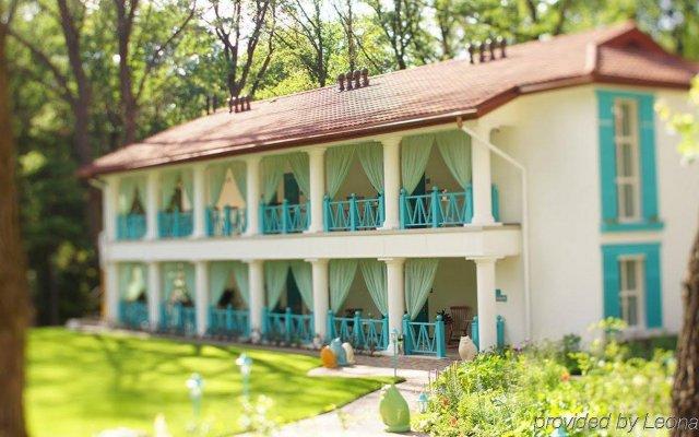 Гостевой дом Наша Дача Харьков вид на фасад