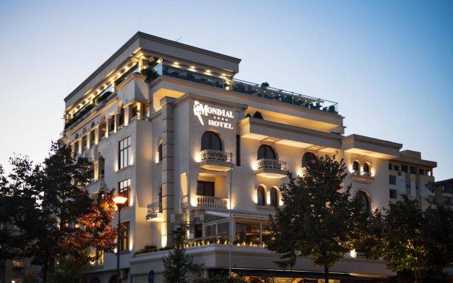 Отель Mondial Hotel Албания, Тирана - отзывы, цены и фото номеров - забронировать отель Mondial Hotel онлайн вид на фасад