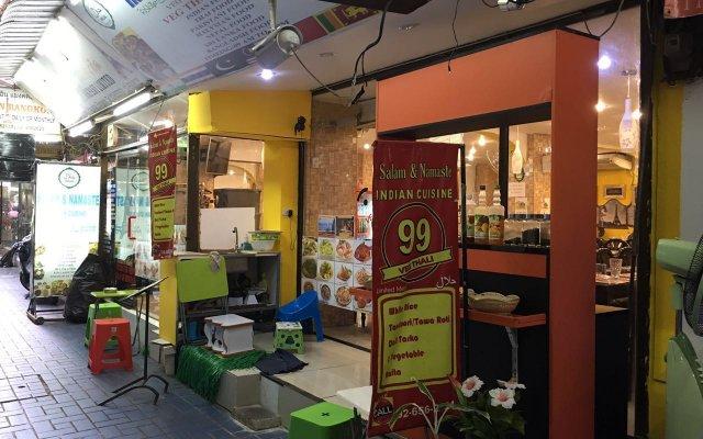 Отель Paris In Bangkok Таиланд, Бангкок - отзывы, цены и фото номеров - забронировать отель Paris In Bangkok онлайн вид на фасад