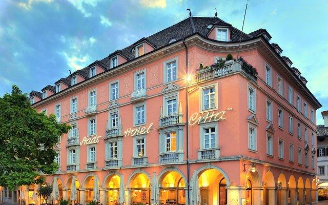 Stadt Hotel Città Больцано вид на фасад