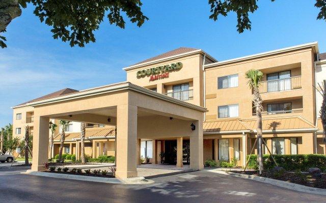 courtyard pensacola pensacola united states of america zenhotels rh zenhotels com