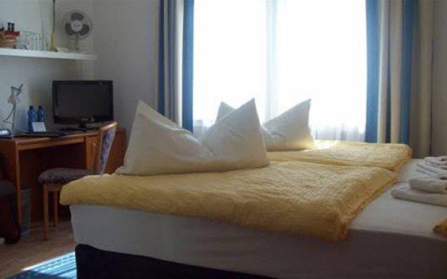 Отель Merlin Garni Германия, Кёльн - отзывы, цены и фото номеров - забронировать отель Merlin Garni онлайн комната для гостей
