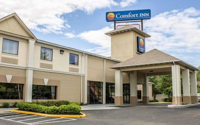 Отель Comfort Inn North Conference Center вид на фасад
