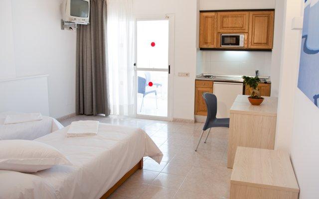 Отель Apartamentos Panoramic Испания, Ивиса - отзывы, цены и фото номеров - забронировать отель Apartamentos Panoramic онлайн комната для гостей