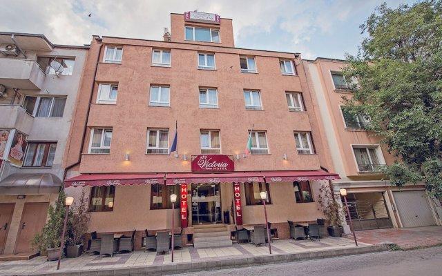 Отель Виктория Отель Болгария, Варна - отзывы, цены и фото номеров - забронировать отель Виктория Отель онлайн вид на фасад