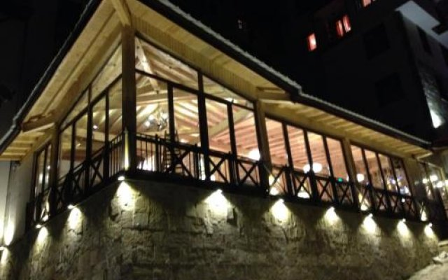 Апартаменты Ski Apartment In Castle Complex Пампорово вид на фасад