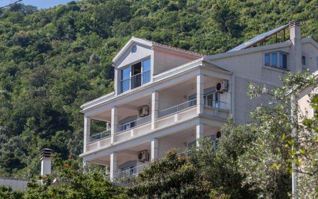 Medin Apartments