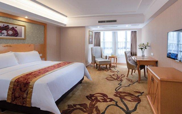 Отель Vienna International Hotel Zhongshan Torch Zone Китай, Чжуншань - отзывы, цены и фото номеров - забронировать отель Vienna International Hotel Zhongshan Torch Zone онлайн комната для гостей