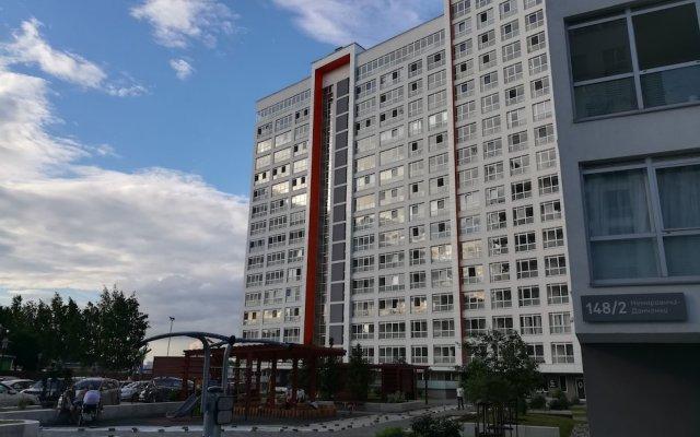 Гостиница B2BAPARTMENTS Apartments Scotland on Nemirovicha в Новосибирске отзывы, цены и фото номеров - забронировать гостиницу B2BAPARTMENTS Apartments Scotland on Nemirovicha онлайн Новосибирск вид на фасад