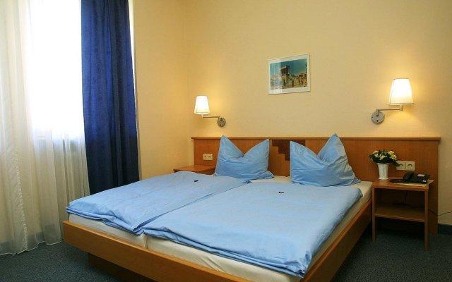 Отель Messe Incoming Nürnberg Германия, Нюрнберг - отзывы, цены и фото номеров - забронировать отель Messe Incoming Nürnberg онлайн комната для гостей