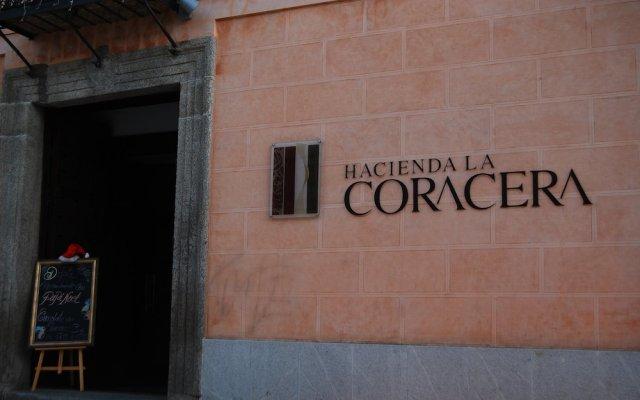 Отель Hacienda La Coracera Эль-Баррако вид на фасад