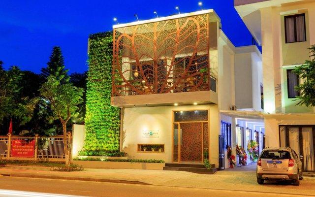 Отель ÊMM Hotel Hue Вьетнам, Хюэ - отзывы, цены и фото номеров - забронировать отель ÊMM Hotel Hue онлайн вид на фасад