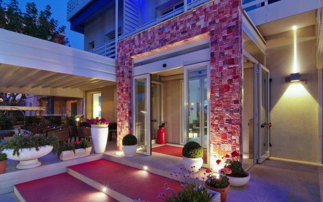Hotel LaMorosa вид на фасад