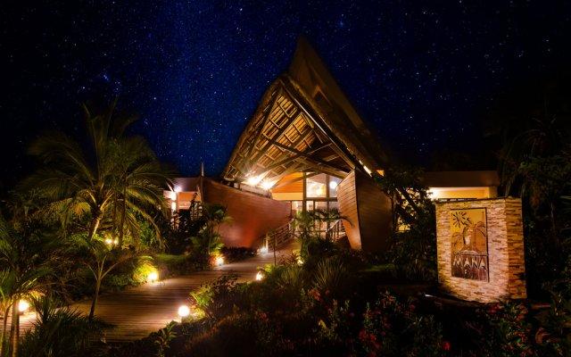 Mana Island Resort & Spa