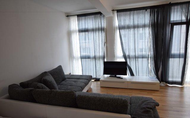 Отель Tolstov-Hotels Ackerstraße Apartment Германия, Дюссельдорф - отзывы, цены и фото номеров - забронировать отель Tolstov-Hotels Ackerstraße Apartment онлайн комната для гостей